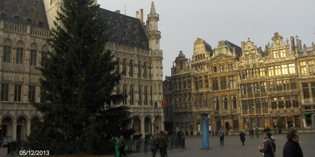 Christmas tree - Grande place, Bruxelles.